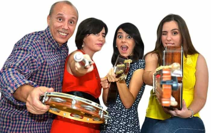 Choro Das Tres Mandolin Band